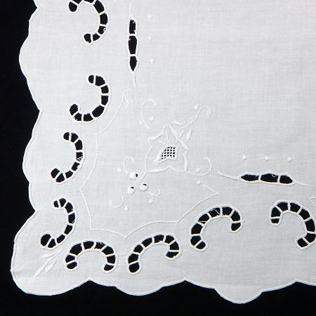 Paravelle Embroidered Cutwork Tea Tablecloth - 36 Square - detail