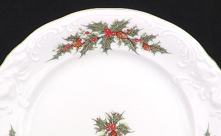 Christmas Berry Fine China Tea Set for Four - detail
