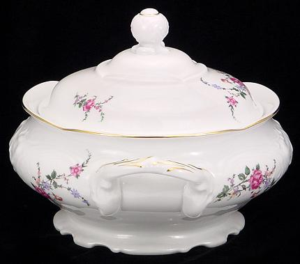 Rose Garden Fine China Soup Tureen With Plate - detail