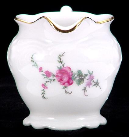 Rose Garden Fine China Children´s Creamer - detail