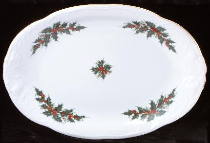 Christmas Berry Fine China 48-piece Dinnerware Set - detail