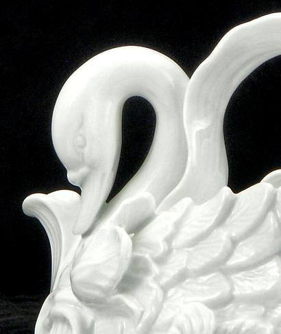 White Swan Teapot - detail