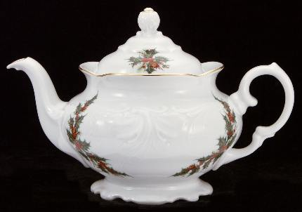 Christmas Berry Fine China Teapot - Medium