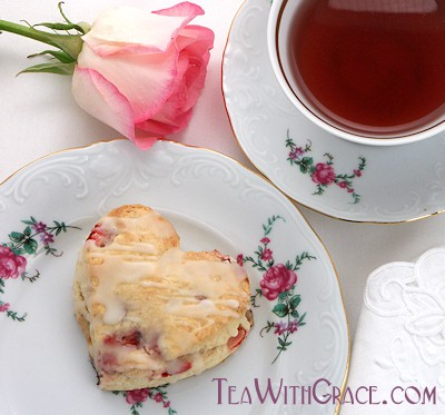 Strawberry Cream Cheese Valentine Scones