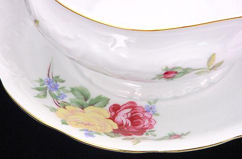 Rose Bouquet Fine China Gravy Boat - detail