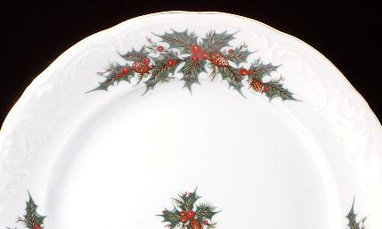 Christmas Berry Fine China 48-piece Dinnerware Set - detail