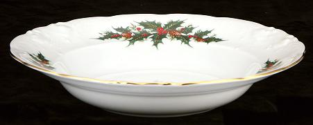 Christmas Berry Fine China Rimmed Soup Bowl - detail