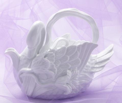 White Swan Teapot
