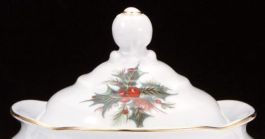 Christmas Berry Fine China Covered Sugar Bowl Lid